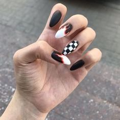 56 Perfect Almond Nail Art Designs for This Winter Almond nails for winter; Cute Acrylic Nails, Fun Nails, Pretty Nails, Elegant Nail Designs, Nail Art Designs, Nails Design, Design Art, Nail Art Mignon, Almond Nail Art