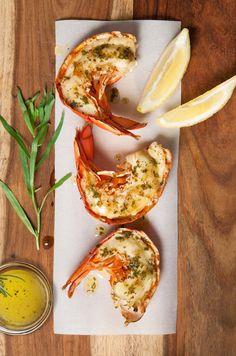 5 beurres aromatisés pour crustacés - L'accompagnement parfait pour rehausser vos plats de crustacés. Potlucks, Parfait, Tacos, Ethnic Recipes, Food, Butter, Recipe, Side Dishes, Dish