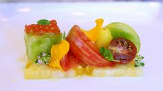 gourmandsreview.com/blog/wp-content/uploads/2011/08/Tomato-Salad1.jpg