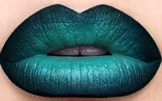 Green & black liner