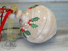 Picture of Χριστουγεννιάτικη διακοσμητική σβούρα Christmas Bulbs, Holiday Decor, Baby, Design, Home Decor, Decoration Home, Christmas Light Bulbs, Room Decor