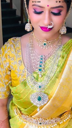 Diamond Necklace Set, Diamond Jewelry, Diamond Pendant, Gold Jewelry, Jewelery, Blouse Designs Silk, Bridal Blouse Designs, Indian Jewelry Earrings, Wedding Jewelry
