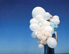 Prolific Dutch photographer Viviane Sassen, who describes her work as Contemporary Photography, Contemporary Art, Art Photography, Fashion Photography, Best Artist, Artist Art, Viviane Sassen, Balloon Pictures, Oeuvre D'art