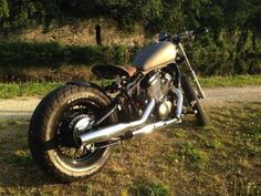 Honda-Shadow-Vt600-Bobber-Custom