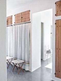 Armarios de obra con cortinas