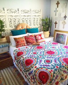 Bohemian Bedroom Decor Ideas - Locate the most effective Bohemian Bed room Styles. Learn the best ways to offer your bed room a boho touch. Home Interior, Interior Design, Interior Livingroom, Interior Ideas, Bohemian Bedroom Decor, Bohemian Bedding, Deco Design, Home And Deco, Home Bedroom