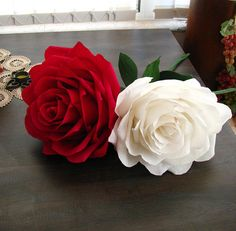 Giant paper flower Two tone rose White-Dark red rose Bridal