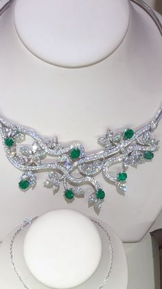 Enhance your neckline with Elegant Emeralds. 💚 Only at The Gold and Diamond . - Enhance your neckline with Elegant Emeralds. 💚 Only at The Gold and Diamond Source. Emerald Jewelry, Diamond Jewelry, Beaded Jewelry, Silver Jewelry, Jewelry Necklaces, Fine Jewelry, Money Necklace, Heart Necklaces, Emerald Necklace