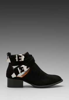 Cut Out Boot