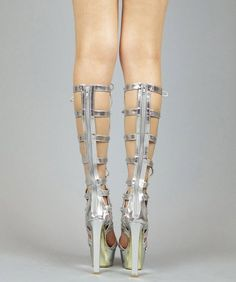 Strappy Knee High Cut Out Designer Inspired Gladiator Sandals Boots SILVER (9) by RoomOfFashion Take for me to see Strappy Knee High Cut Out Designer Inspired Gladiator Sandals Boots SILVER (9) Review You can buy any products and Strappy Knee High Cut Out Designer Inspired Gladiator Sandals Boots SILVER (9) at the Best Price Online …