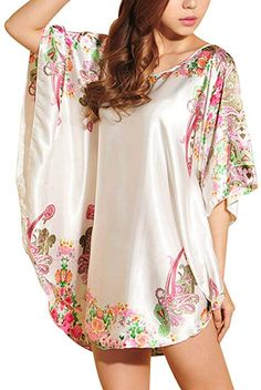 7e7a176675 OrangeTag Women s Short Batwing Sleeve Plus Size Nightgown White at Amazon  Women s Clothing store
