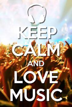 Люди, которые хотят ходить на концерты вместе; все фанаты в курсе, где выступает их любимая группа; веселиться в едином порыве.