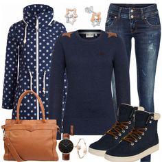 Freizeit Outfits: Gaensebluemchen bei FrauenOutfits.de #blumenprint #regenjacke #schmuddelwedda #mode #damenmode #2018 #inspiration #naketano #pullover #schmuck #stern #inspo #frauenoutfit #dunkelblau #alltagslook