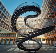 Crazy staircase | amazing staircases