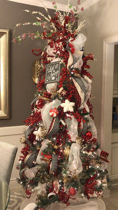 Best Christmas Tree Decorations, Elegant Christmas Trees, Christmas Swags, Noel Christmas, Christmas Tree Toppers, Christmas Displays, Christmas Ideas, Christmas Tree Inspiration, Ideas Fáciles