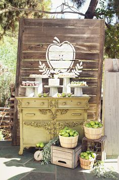 "Rustic ""Apple of My Eye"" party"