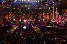 Amitabh Bachchan's 'KBC 8' launches in Surat