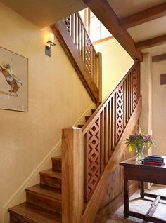 Stair Railings Wood Staircase Wall Sconces With Ornate Sconce Stairs Ceiling Beams Outdoor Railing Kit – funnycats. Wooden Staircase Railing, Modern Stair Railing, Stair Railing Design, Home Stairs Design, Modern Stairs, Door Design, House Design, Staircase Ideas, Railing Ideas