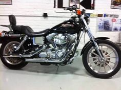 Harley-Davidson Dyna Super Glide FXD (2001) -- closest pic I could find that looks like mine....