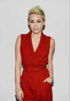 Displaying 19> Images For - Miley Cyrus Pixie Cut 2014...
