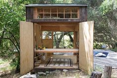 A New Kind of Flat: Topanga Cabin