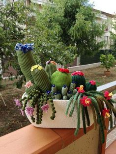 Cactus idea – From Parts Unknown Crochet Cactus, Crochet Diy, Crochet Decoration, Crochet Home Decor, Crochet Flower Patterns, Crochet Flowers, Cactus Craft, Crochet Animals, Free Knitting