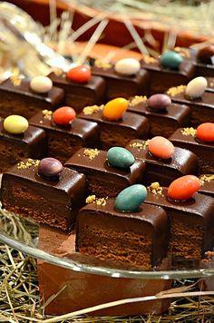 Sacher Sliced Cake @ Clipper Lounge, Mandarin Oriental Hotel (Hong Kong) ♥ Chocolate