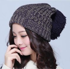Fashion knit beanie hats for women hairball design