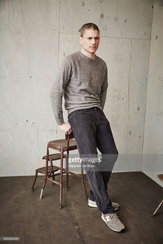 wentworth-miller-of-cws-legends-of-tomorrow-poses-in-the-getty-images-picture-id505320476 683×1.024 Pixel