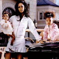 Aoki , Kimora , & Ming Lee 💓 Left to right . Naomi Campbell, 2000s Fashion, Look Fashion, Fashion Models, High Fashion, Fashion Trends, Kimora Lee Simmons Kids, Kate Moss, Black Girl Magic