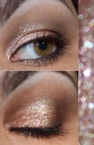 'Shimmy' eye make-up