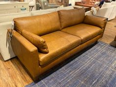 Great transitional sofa in 3 leather options