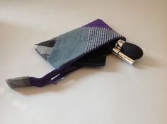 Make-up bag / pencil case made by GoodsToRemember Cufflinks, Pencil, Purses, Sewing, How To Make, Bags, Accessories, Fashion, Handbags