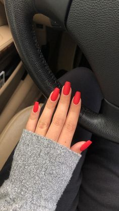 Red matte coffin square nails fall winter Valentine's Day,Red matte coffin square nails short fall winter Valentine's Day One of our favorite things in spring is to test colorful nail looks! Red Matte Nails, Coffin Nails Ombre, Acrylic Nails Coffin Short, Simple Acrylic Nails, Summer Acrylic Nails, Summer Nails, Acrylic Nails Almond Matte, Cute Red Nails, Pink Nail