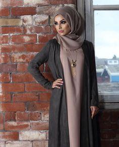 Muslim Women Fashion, Arab Fashion, Islamic Fashion, Modest Fashion, Fashion Beauty, Fashion Outfits, Hijab Look, Stylish Hijab, Hijab Trends
