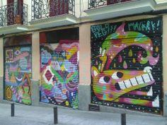 Reventón de color en la c/ de San Blas, 2. Barrio de las Letras.