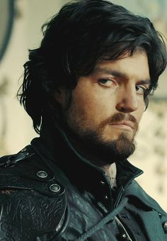 The Musketeers - Athos, THAT look