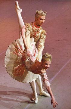 Alina Cojocaru as The Sugar Plum Fairy- Royal Ballet