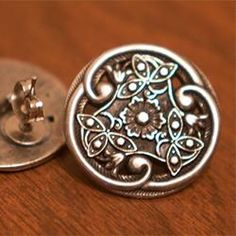 How cute is this idea---Button Earrings  God knows I have allot of buttons