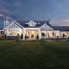 Farmhouse style, country modern home, building a shed, dream house plans, l Style At Home, Traditional Home Exteriors, Traditional House, Weatherboard House, Queenslander, Hamptons Style Homes, Design Exterior, Australian Homes, Australian House Plans