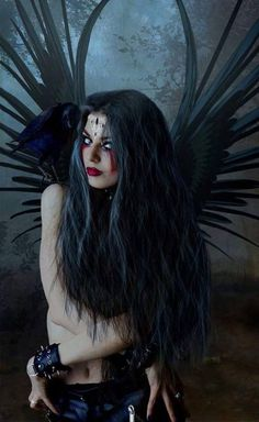 dark fairies and dark fantasy Landscaping Ideas For the person who wants to give their garden a face Diy Furniture Videos, Lauren Kate, Themed Photography, Wolf Girl, Black Wings, Angels And Demons, Fallen Angels, Garden Show, Dark Fantasy Art