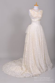 1950 Sea Pearl Lace Vintage Wedding Gown