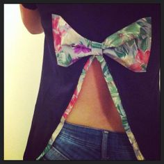 Big BacK Bow Shirt by TsiPoint on Etsy, €17.00 I <3 this!
