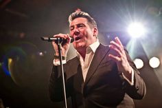 30 Hochwertige Tony Hadley Bilder und Fotos - Getty Images Lake District, Elizabeth Ii, Star Wars, Hadley, Videos, Concert, Fictional Characters, Image, Movie