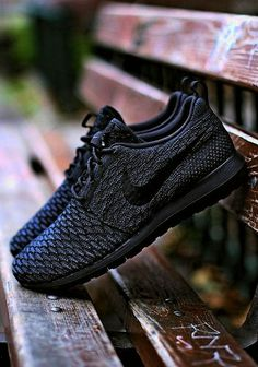 Mens Womens Nike Shoes 2016 On Sale!Nike Air Max  Nike Shox  Nike Free Run  Shoes  etc. of newest Nike Shoes for discount salenike shoes nike free Nike  air ... a412ccc232c