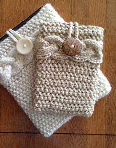 Knitting Pattern for Tablet / Phablet Cover - #ad Cover features a cable band…