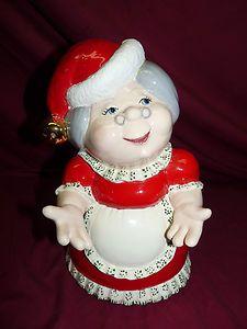 Ceramic Hand-Painted Alberta Mold Mrs. Santa Claus Christmas Figurine Display $36.00