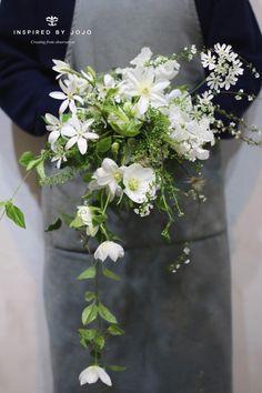 Bridesmaid Flowers, Wedding Bouquets, Wedding Flowers, Hand Flowers, Bunch Of Flowers, Wedding Goals, Wedding Tips, Bridal Shower Tea, Wedding Honeymoons