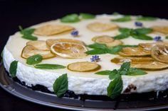 Reteta de tarta Mojito Sweets Recipes, Cake Recipes, Desserts, Mojito, Food Cakes, Camembert Cheese, Biscuit, Sweet Treats, Food And Drink