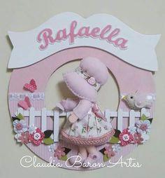 Baby Girl Nursery Decor, Baby Decor, Baby Lane, Felt Crafts Patterns, Cottage Crafts, Felt Mobile, Baby Shawer, Fused Glass Art, Farm Yard